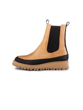 Ivylee - Lowa Boots