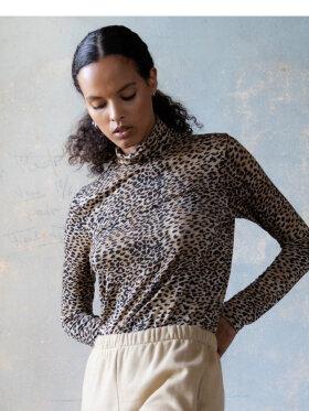 Ragdoll - Leopard Turtleneck