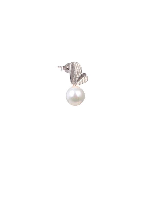 WiOGA - Magdalene White Pearl Earring