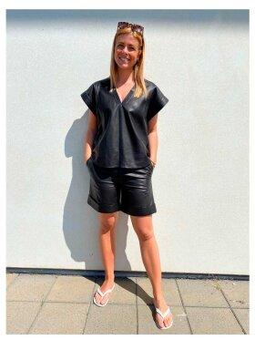Munderingskompagniet - Burma Leather Shorts