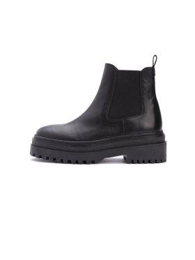 Phenumb - Cash Warm Boots
